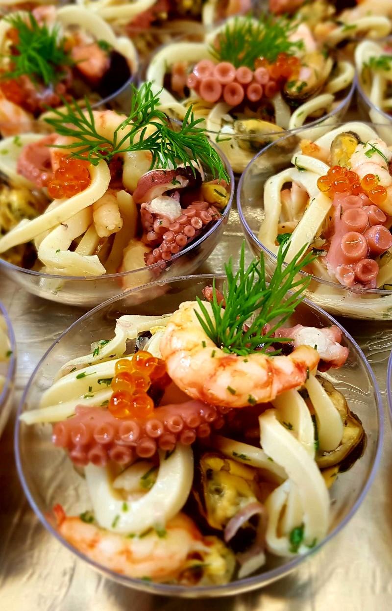 Salat von frischen Meeresfrüchten
