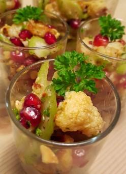 gerösteter Blumenkohlsalat mit Haselnüssen
